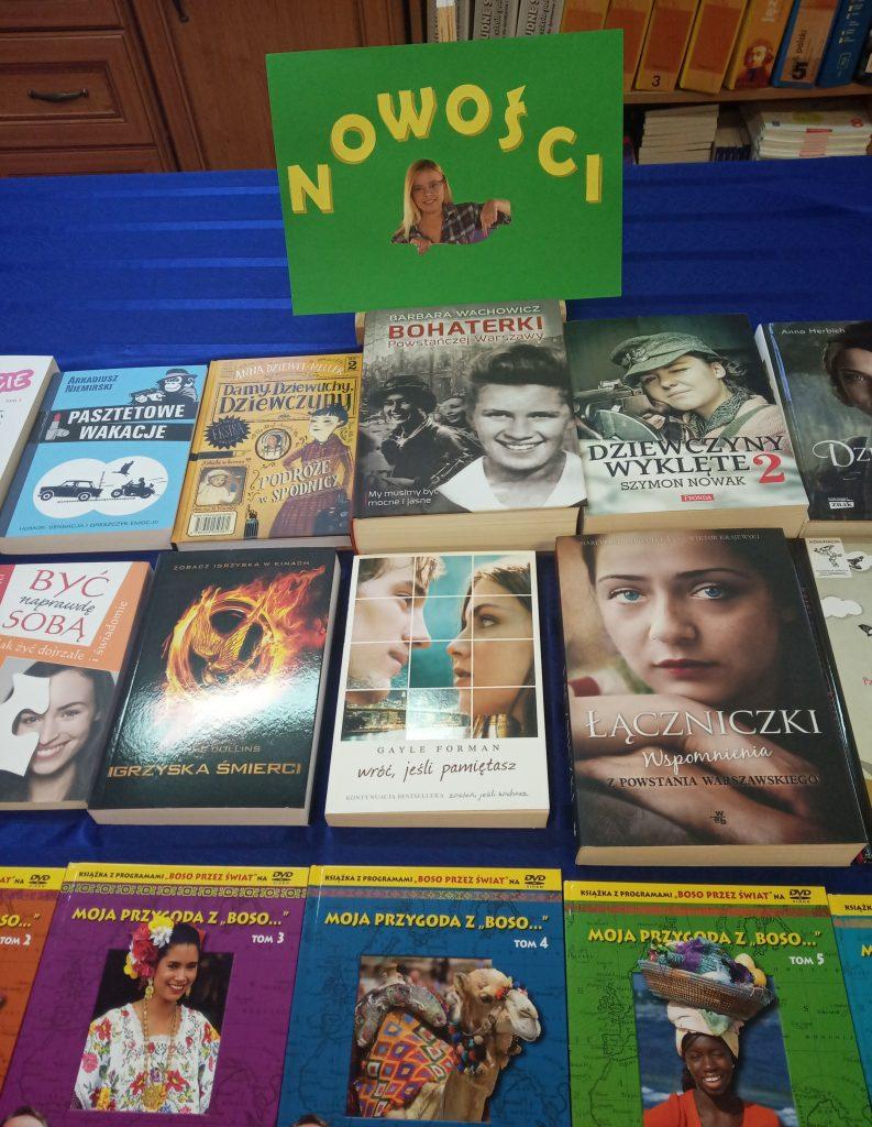 Nowości książkowe w bibliotece szkolnej